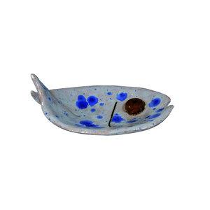 Visschaal wit met blauwe stippen